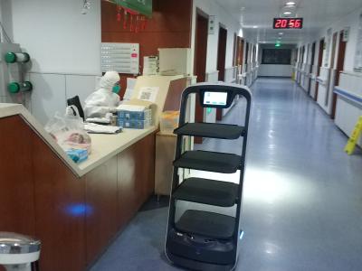 普渡机器人紧急支援杭州市萧山区医院