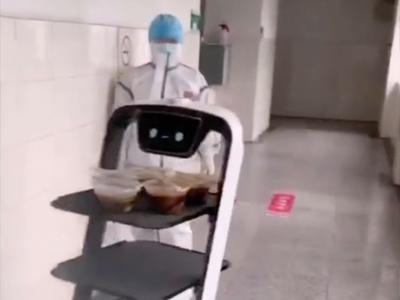 机器人来广元参战了-广元晚报