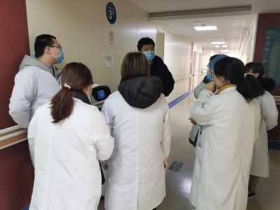 湖北省妇幼保健院,普渡机器人已就位!